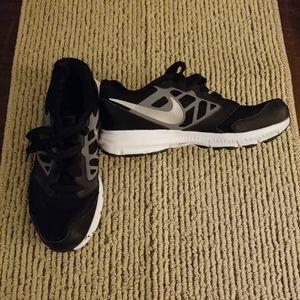 Nike Downshifter 6 sneakers